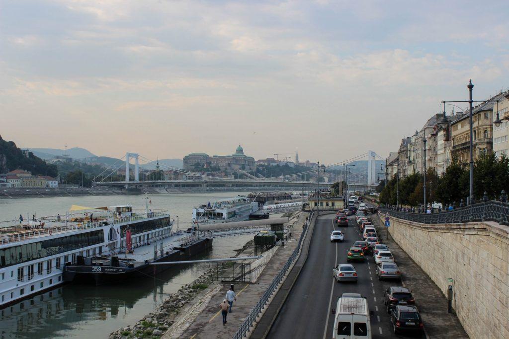 Uitzicht over Boedapest