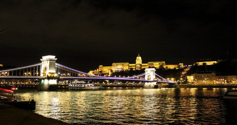 Bewonder Boedapest in de avond