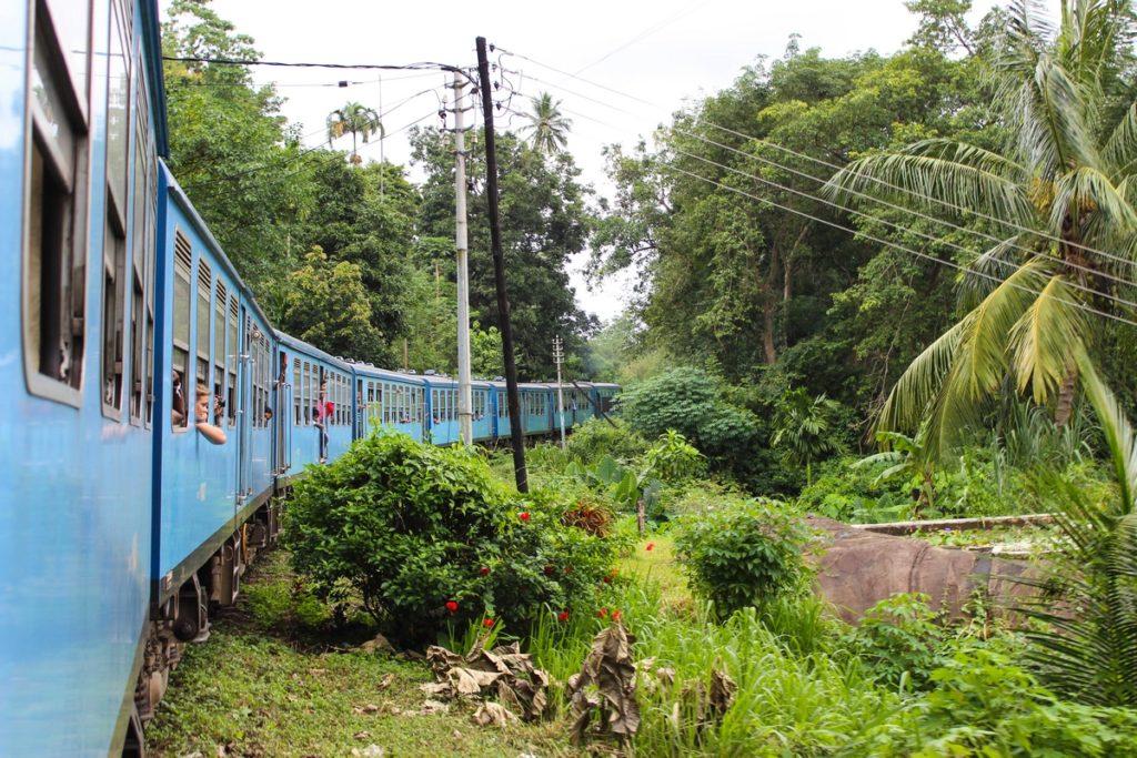 Met de trein naar Ella