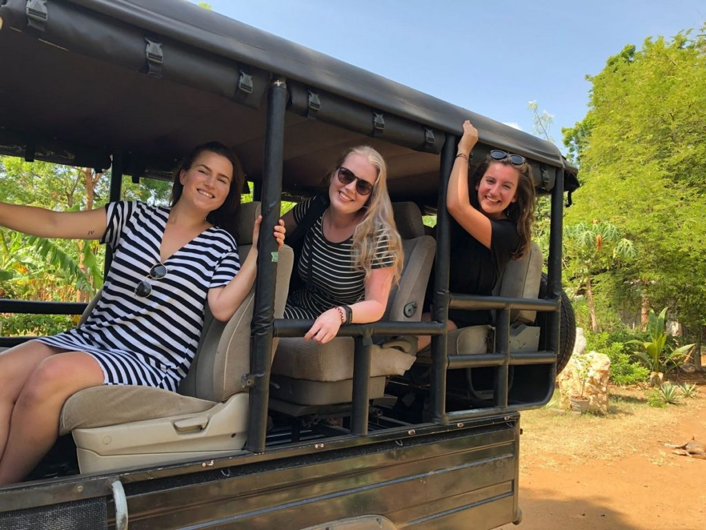 Op safari in Sri Lanka