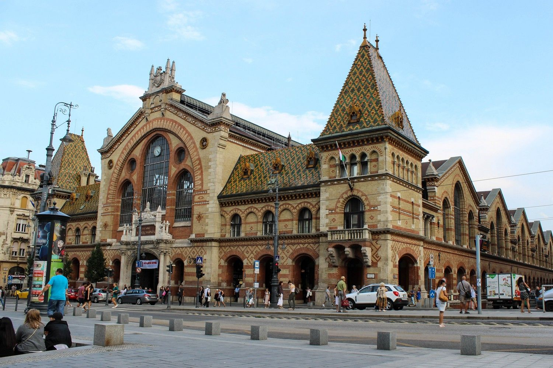Shoppen bij de Centrale Markthal in Boedapest