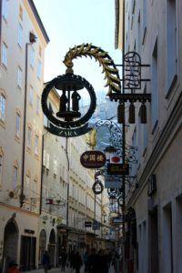 De Getreidegasse in Salzburg