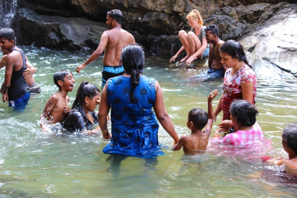 De Ravana Waterfalls in Ella